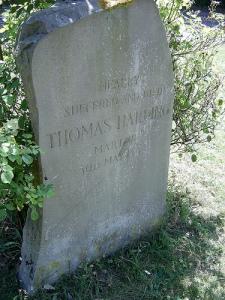 Thomas_Harding_memorial